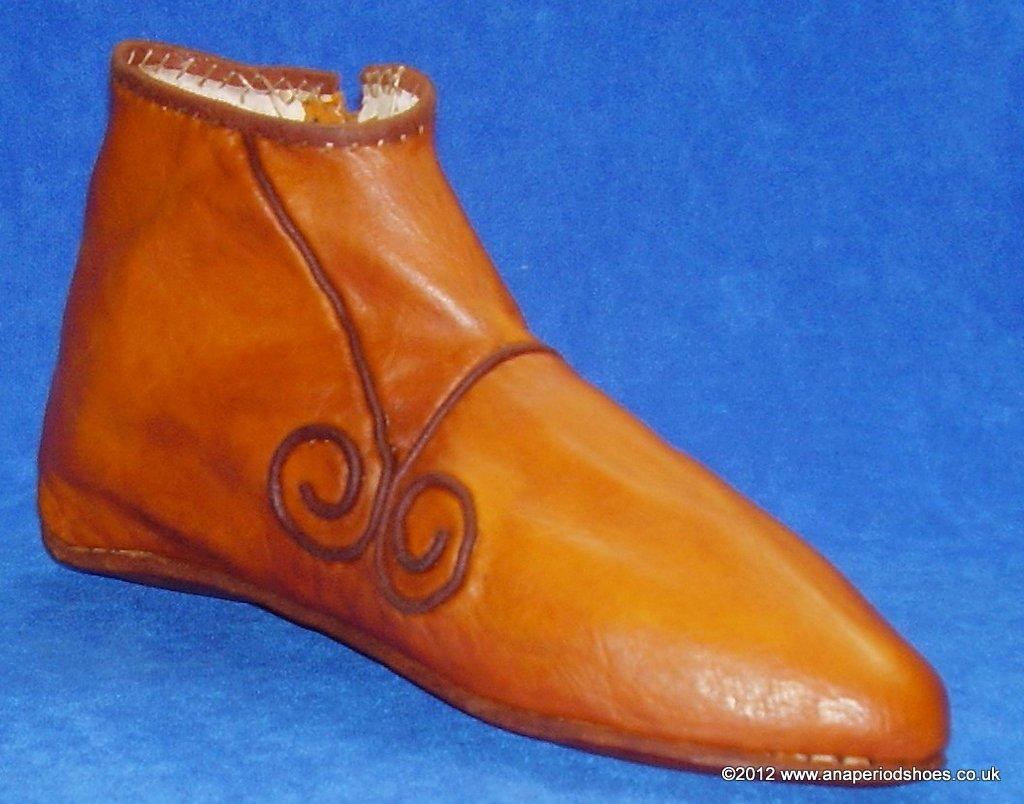 Medieval Shoe Lacing
